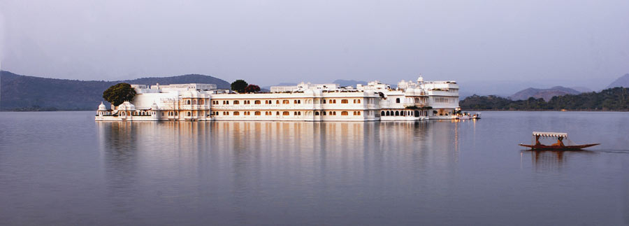 Lake-Palace-in-Udaipur
